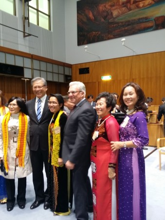 40 years Canberra - Kim Loan